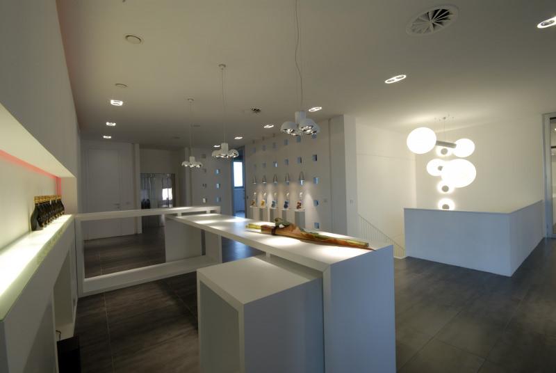 Illuminazione interni casa 1 large vogliacasa