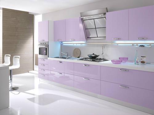 Piastrelle cucina lilla: adesivo da parete con scritta beauty spa