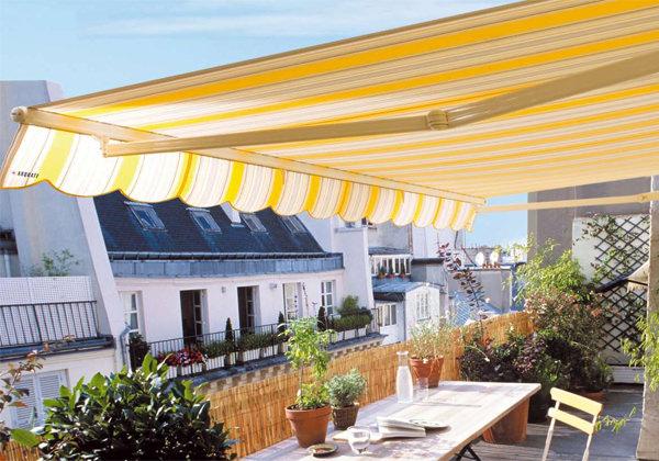 Idee e consigli per arredare il balcone di casa vogliacasa for Arredare balcone