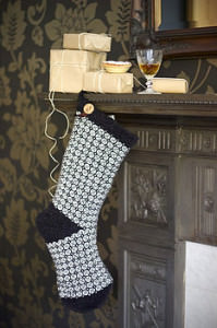 normal_knitted-christmas-stocking