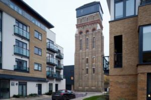 water-tower-residence-london-01-600x400