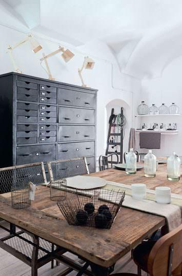 Vintage vecchi mobili da ufficio che riprendono vita vogliacasa - Mobili vecchi da ristrutturare ...