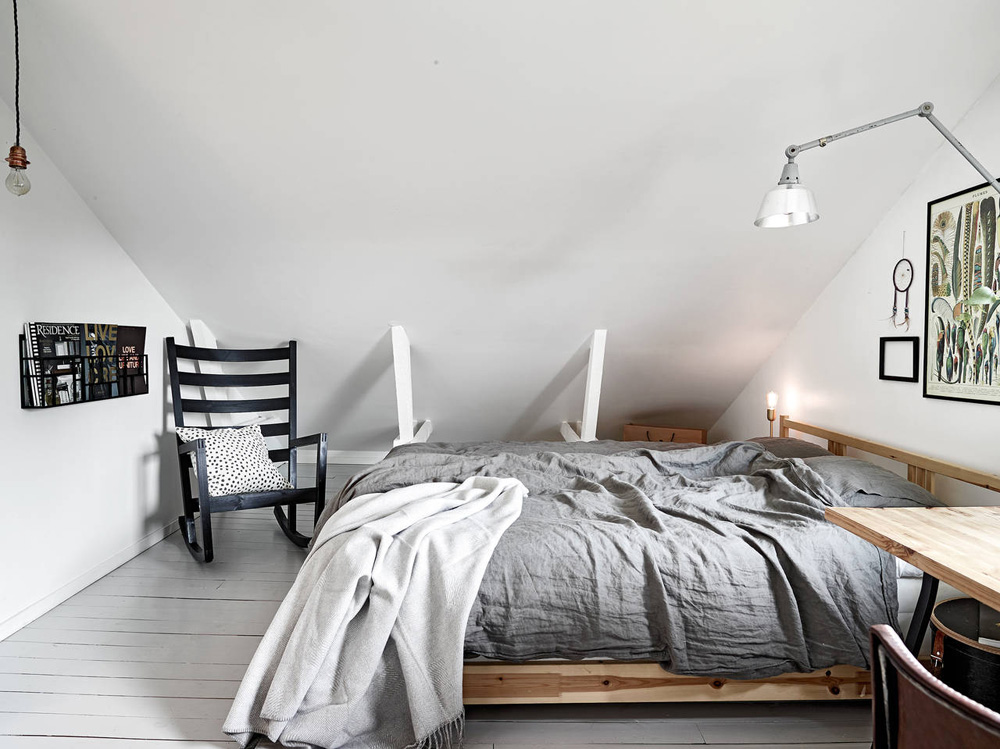 Oracle-Fox-Sunday-Sanctuary-Elsewhere-Small-Apartment-living-Alternative-Scandinvian-Interior-10