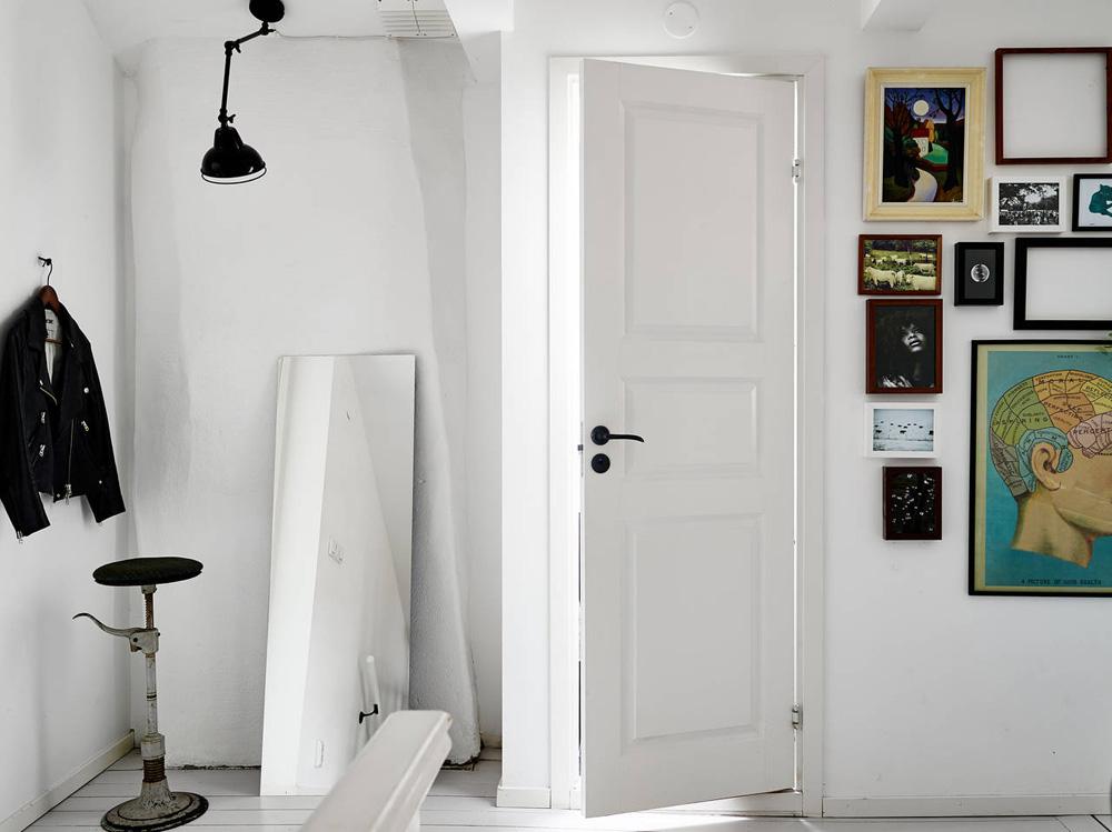 Oracle-Fox-Sunday-Sanctuary-Elsewhere-Small-Apartment-living-Alternative-Scandinvian-Interior-12