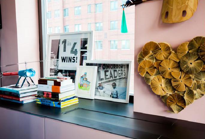 My Houzz_ Adult Playhouse and Think Tank in Brooklyn - Eclettico - Soggiorno - new york - di Elaine Musiwa