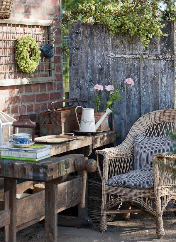 minna-mercke-schmidt-_-loppistips-planteringsbord-trädgård