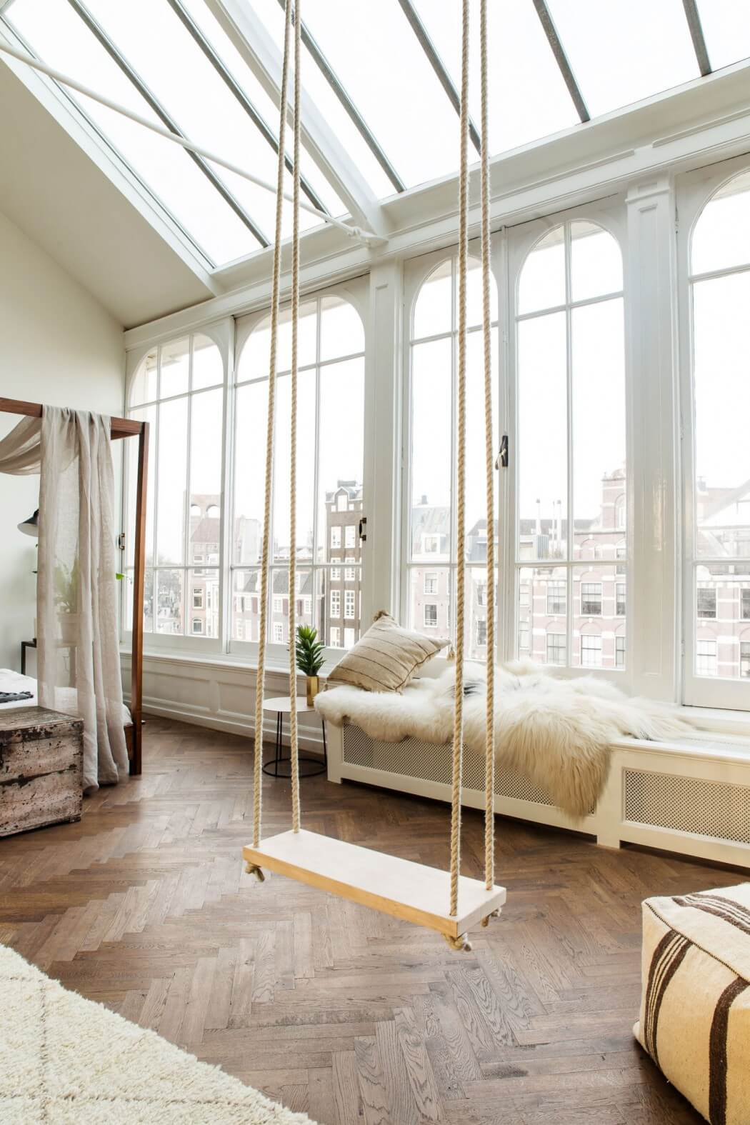 the-playing-circle-vaudeville-pop-up-store-the-loft-amsterdam-11