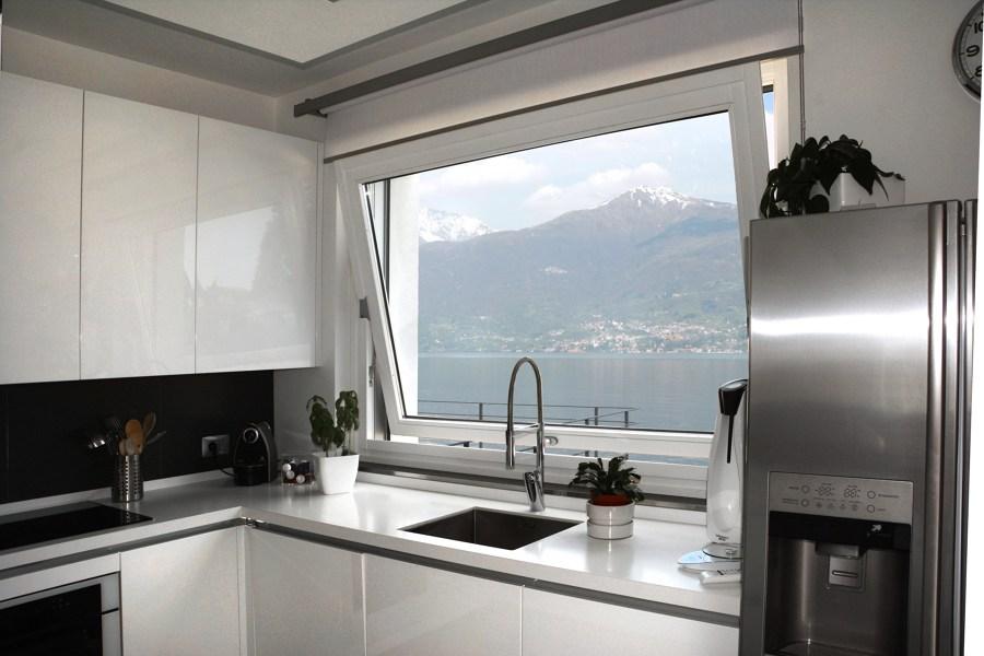 Finestre perch scegliere l 39 apertura a vasistas vogliacasavogliacasa - Altezza parapetto finestra ...